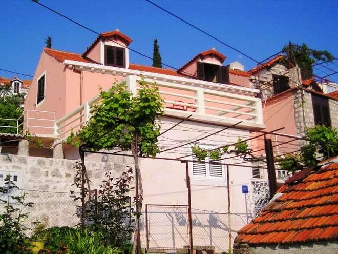 Villa Eli