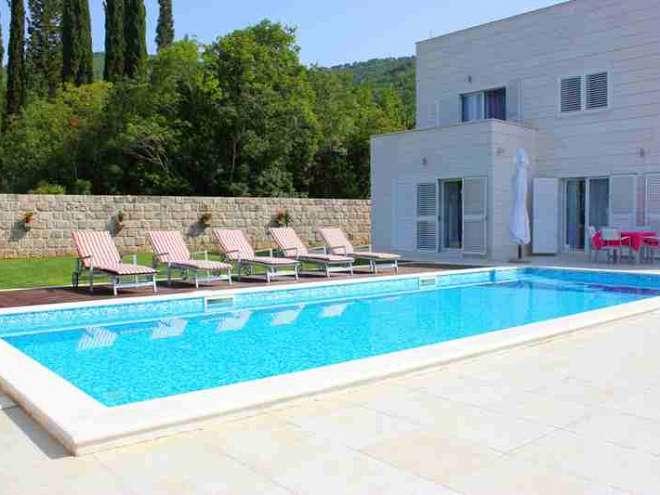 Villa Lovor