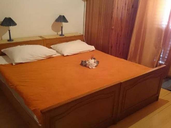 Rooms Ena