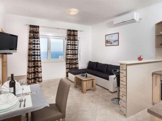 Apartments Doris